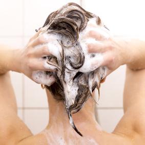 kalkhaltiges Wasser beim Duschen